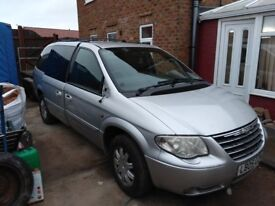 Chrysler grand voyager limited xs breaking