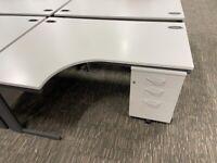 office furniture 1.6 meter off white radial desks with pedstals