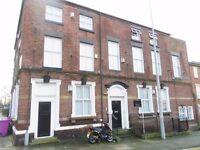 fully furn 2 bed ground fl apt opp Cathedral, utility bills incl, private court yard, L8 1TE view