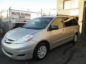 2009 Toyota Sienna LE 8 PASSAGER AIR CLIMATISE PORTIER ELECTRIQU