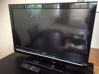 "SHARP 32"" FREEVIEW TV WITH 2 HDMI PC SCART USB STAND ORIGINAL REMOTE"