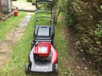 Moutfield self propelled mower