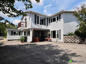 238 900$ - Maison 2 étages à Chicoutimi (Chicoutimi-Nord)
