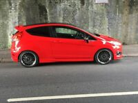 Ford Fiesta 1.0L ST-line Red Edition