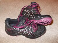 Asics Woman's Hockey Astro Shoes, Gel Lethal MP4, size 6