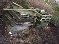 Lot of wood & pallets free to uplift asap