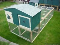 RABBIT/GUINEA PIG/SMALL ANIMAL HUTCH WITH LARGE UNDERNEATH RUN