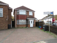 4 bedroom family home for rent in Heston TW5