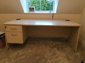 Large Desk, with lockable drawers