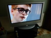 "sony 40"" screen,lcd,hdmi,digital,freeview tv/stand/remote,perfect worling condition,excellent tv...."