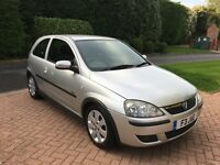 Vauxhall Corsa 2004 1.2 SXi Silver 3dr 77,000 miles. Immaculate Condition.