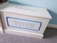 Personilised toy box