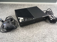 Xbox One 500GB with controller and HDMI