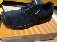 BRAND NEW safety shoes, Blue, Alba make, size 8