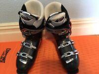 HEAD ski boots. Good condition. Size 30-30.5