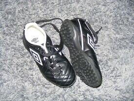 Umbro Football Boots kids size13 Uk