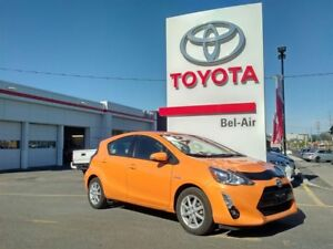 2015 Toyota Prius c Technology Package