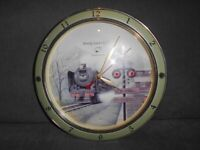 TRAIN CLOCK LOCOMOTIVE COLLECTABLE RAILWAY