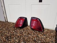 Rear drivers and nearside back light from Vauxhall Astra Estate SRi CTDi 1910cc Diesel 2006