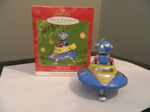 2001 Hallmark Keepsake Ornament Robot Parade Tin Ornament 2nd in Series