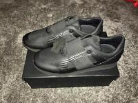 Cruyff trainers