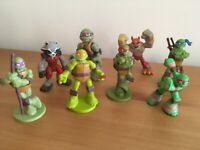 Teenage mutant ninja turtles figures £10