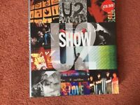 'U2 Show' -Hardback - a unique behind the scenes perspective of what it takes to put U2 on the road