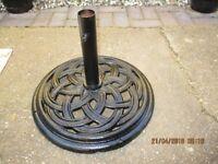 cast iron parasol base
