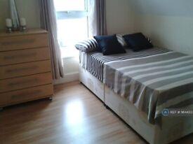 1 bedroom in Radstock Road, Reading, RG1 (#964433)