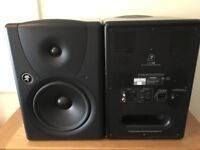 Mackie MR8 Active Studio Monitors (Pair) with Power Cables - Mint Condition