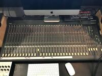 Mackie 32 channel mixing desk
