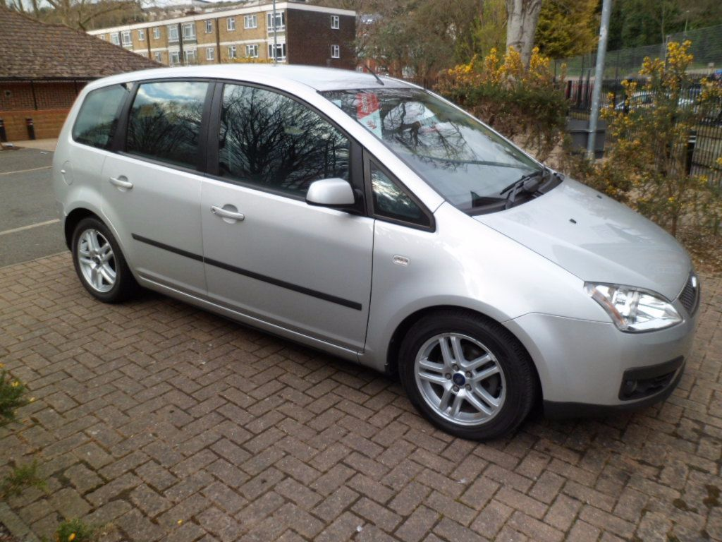 ford focus c max silver diesel 2006 automatic low miles in chatham kent gumtree. Black Bedroom Furniture Sets. Home Design Ideas