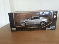 Aston Martin DB9 replica model 1/24 UNOPENED