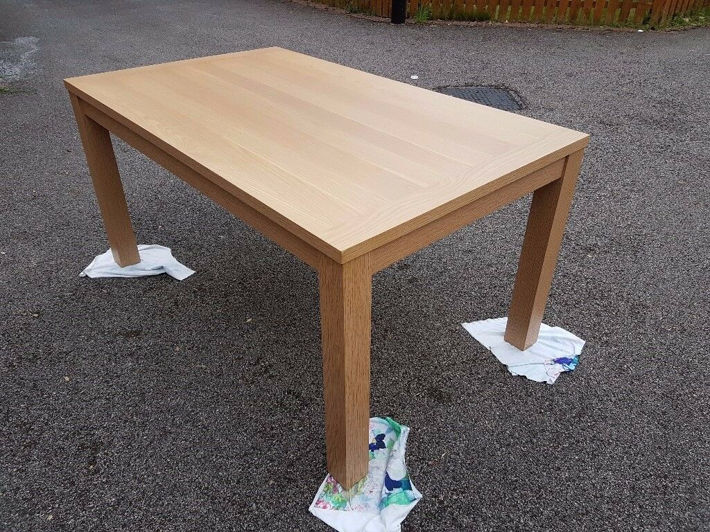 Brand New Oak Effect Dining Table FREE DELIVERY 508