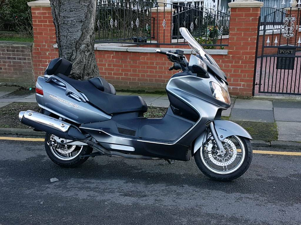 suzuki burgman 650 executive k7 2007 in enfield london. Black Bedroom Furniture Sets. Home Design Ideas