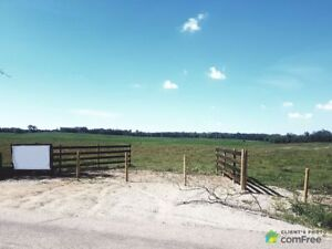 $750,000 - Land to be developed for sale in Strathcona County
