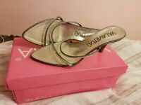 Size 40 Grey Sandals