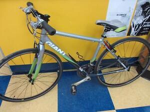 Vélo Giant pour adulte cadre small