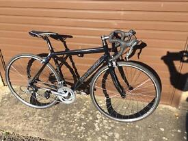 Specialized Aliez Racing bike. Fully Serviced, Warranty