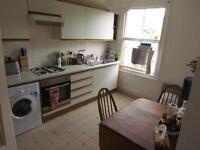 SOUTHVILLE Large furnished first floor flat