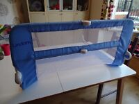 Lindam baby bed guard blue