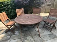 Garden furniture: table and 4 chairs