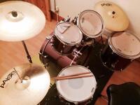 Mapex horizon II 5 piece drum kit