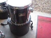 "10"" Pearl Export Tom in gloss black - excellent condition"