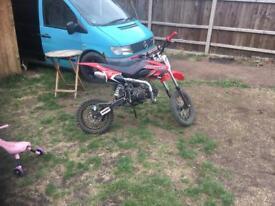 Akuma assassin 125cc pitbike