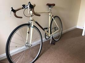 Singolo real single speed road bike