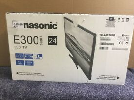 Panasonic , 24 inch TV - With Freeview **Brand new**