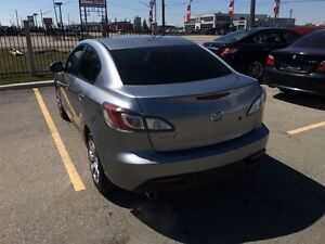 2010 Mazda MAZDA3 GX, Drives Great Very Clean Great On Gas !!!!! London Ontario image 3