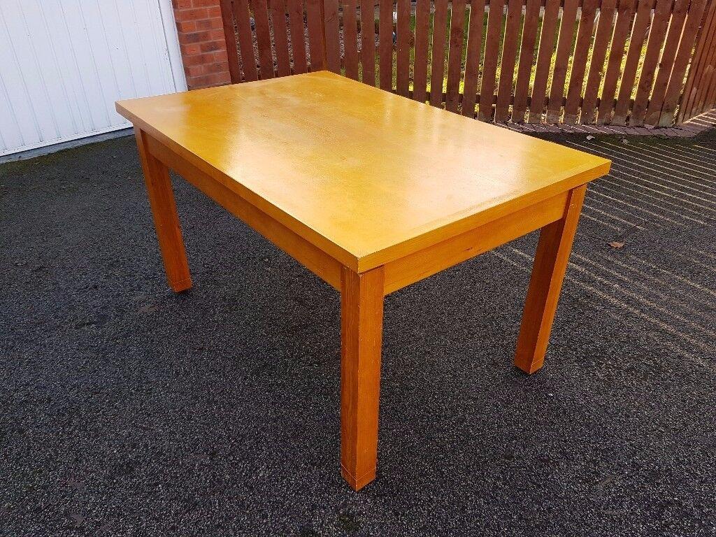Oak Veneer Dining Table 137CM FREE DELIVERY 513
