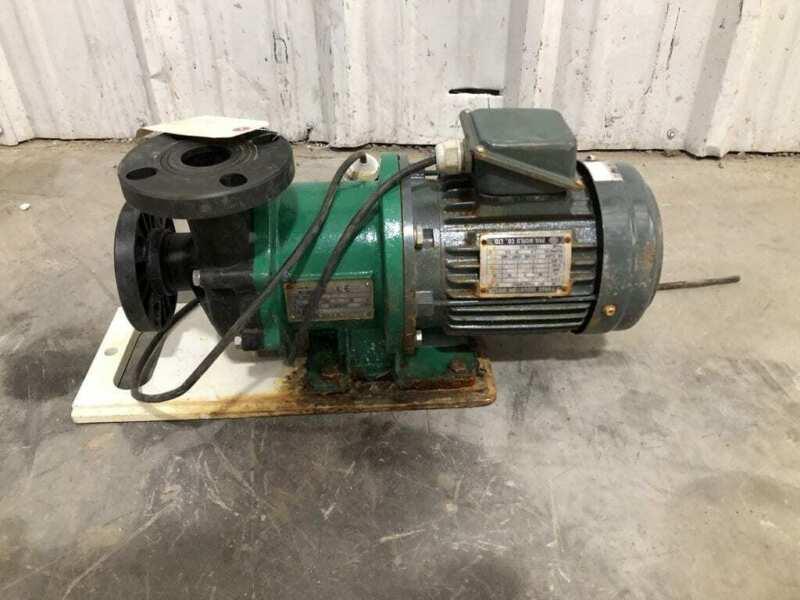 Pan World NH-401PW-F-AV 40mm X 400mm PP Magnetic Drive Water Pump 1HP 3PH